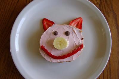 "Piggy Snack to go with ""Piggies"" Story time"