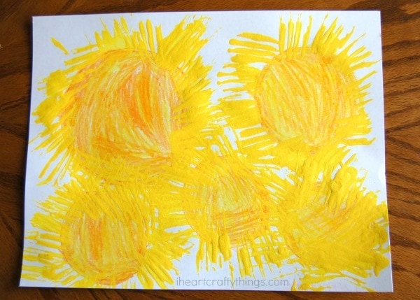 This starburst craft for kids is a fun summer art project for kids that uses forks for painting. Great summer craft for preschool and when learning about the stars or solar system.