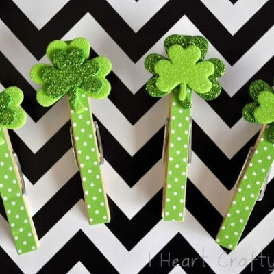 Shamrock Clothespin Clips