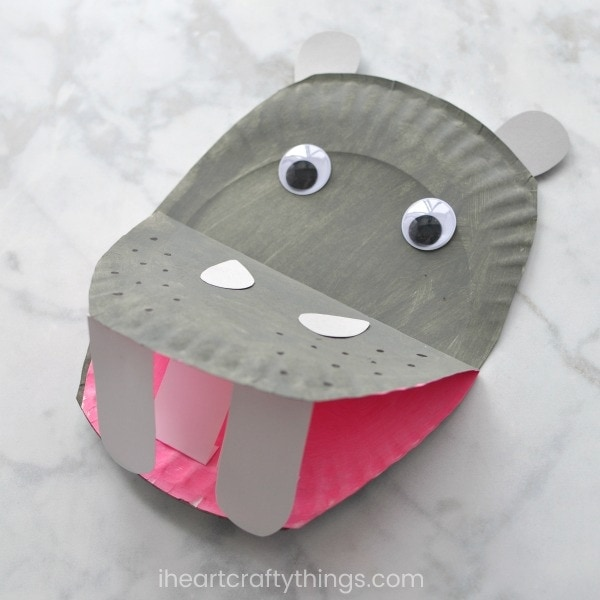 This fun paper plate hippopotamus craft is a perfect activity for preschoolers after a trip to the zoo. & Paper Plate Hippopotamus | I Heart Crafty Things