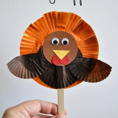 Cupcake Liner Turkey Puppet