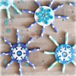 Make some paper straw snowflakes for a fun preschool cutting practice activity. Awesome winter crafts for kids and snowflake crafts.