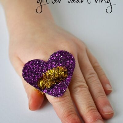 Valentine's Day Glitter Heart Ring