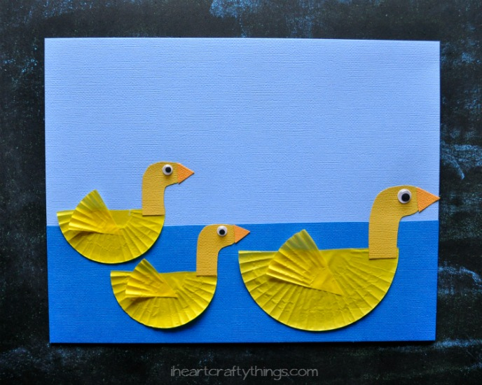 Cupcake Liner Duck Craft for Kids | I Heart Crafty Things