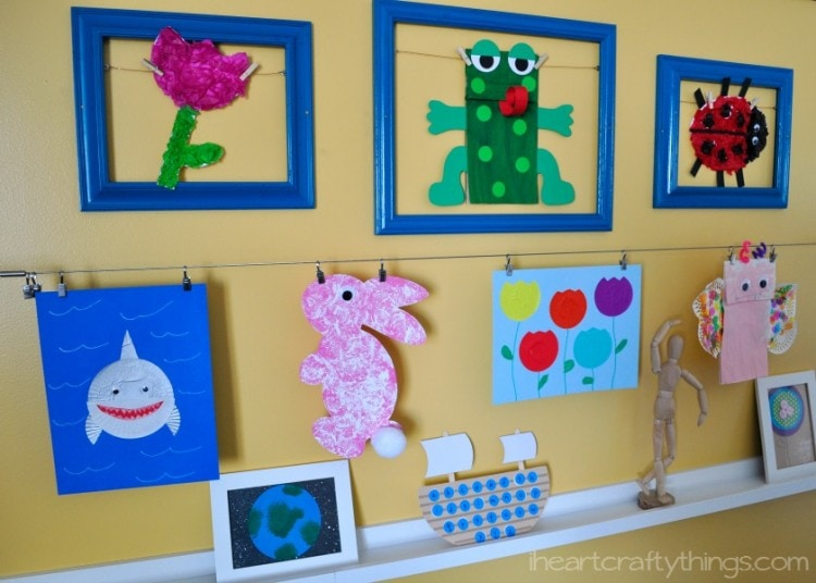 DIY Children\'s Art Gallery Wall | I Heart Crafty Things