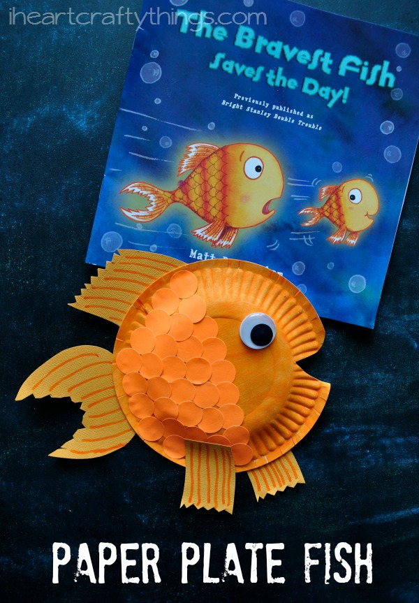 Paper plate fish craft for kids i heart crafty things for Fish children s book