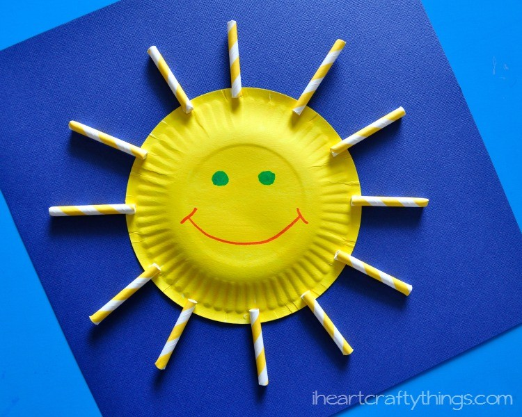 Paper plate sun craft for kids i heart crafty things - Things made out of straws ...