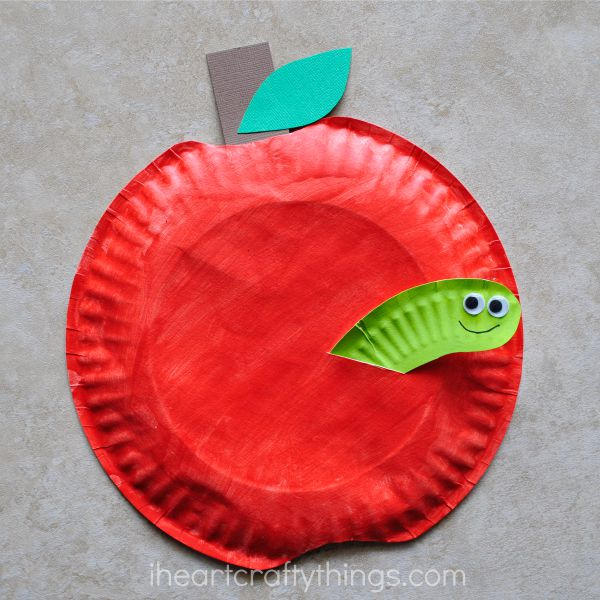 Paper plate apple craft i heart crafty things for Things to make arts and crafts