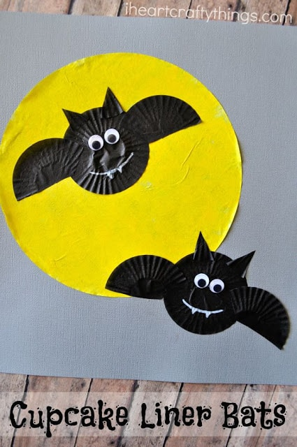 bat craft ideas cupcake liner bats craft i crafty things 1098