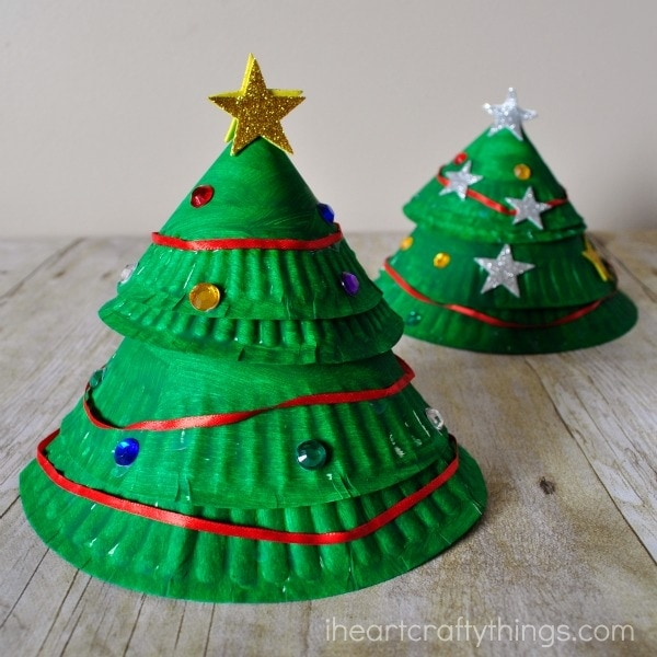 Paper Plate Layered Christmas Tree Craft & Paper Plate Layered Christmas Tree Craft | I Heart Crafty Things