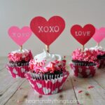 DIY Valentine's Day Cupcake Toppers