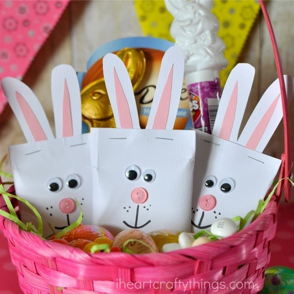 These super duper adorable DIY Easter Bunny candy pouches add the perfect personal touch and cuteness to any Easter basket.