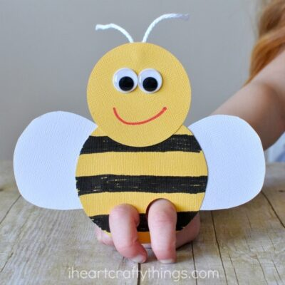 Incredibly Cute Bee Finger Puppets Craft