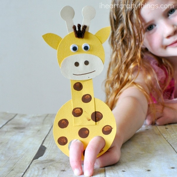 Put on a puppet show or just play with this fun Finger Puppet Giraffe Craft! It's great for encouraging imaginary play or as a part of thematic zoo activities!