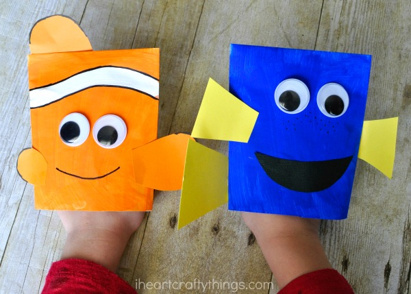 finding dory craft envelope puppets i heart crafty things. Black Bedroom Furniture Sets. Home Design Ideas