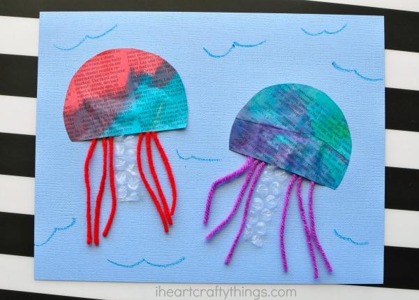 newspaper-jellyfish-craft-2