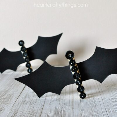 Cute Clothespin Button Bat Craft