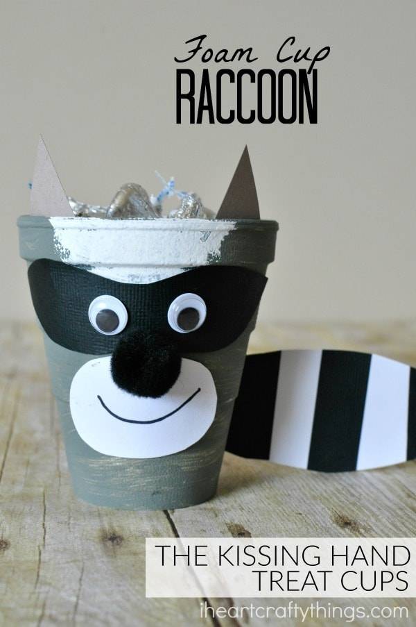 the-kissing-hand-raccoon-craft