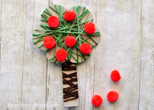 yarn-wrapped-apple-tree-craft-3