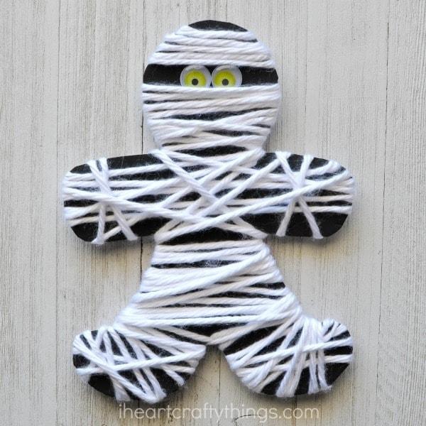 yarn-wrapped-mummy-craft-2