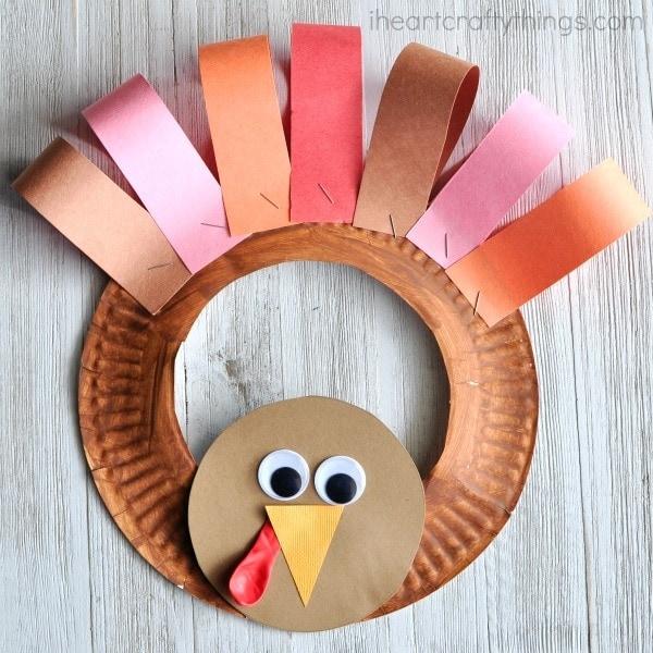 paper-plate-turkey-wreath