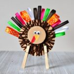 Cute Yarn and Ribbon Thanksgiving Turkey Craft