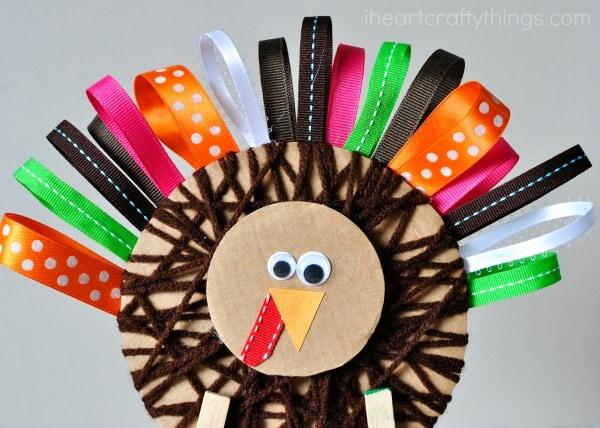 yarn-wrapped-ribbon-turkey-craft-3