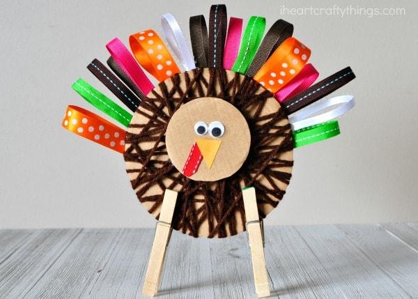 yarn-wrapped-ribbon-turkey-craft-4