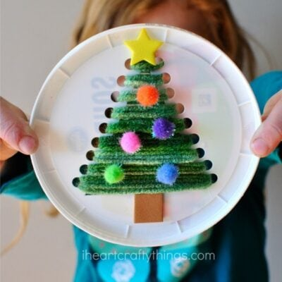 Plastic Lid Christmas Tree Sewing Craft