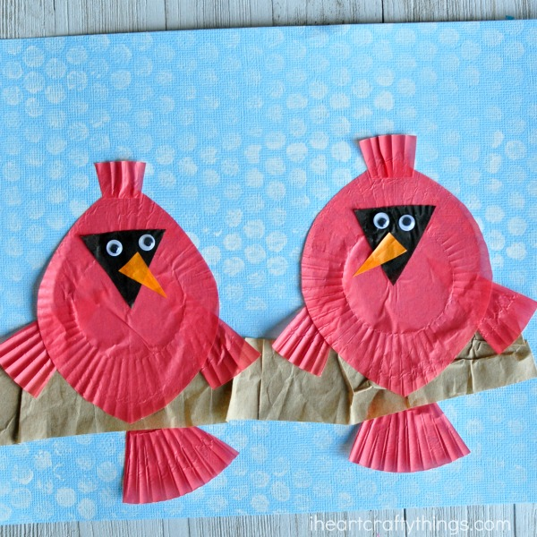 This cupcake liner cardinal craft is great for a winter craft, bird craft for kids, cupcake liner crafts for kids and fun kids craft.