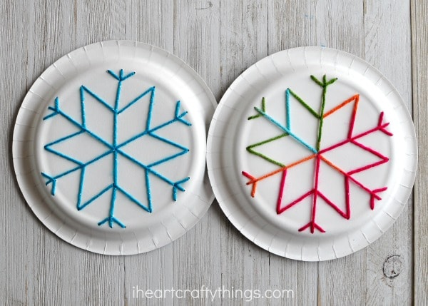 Paper Plate Snowflake Yarn Art & Paper Plate Snowflake Yarn Art | I Heart Crafty Things