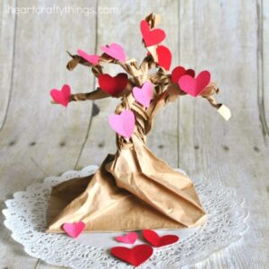 Pretty Valentine Heart Tree Craft