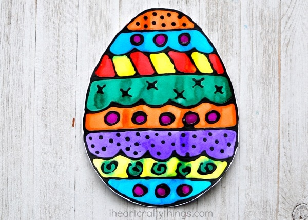 Black Glue and Watercolor Resist Easter Egg Art I Heart Crafty Things