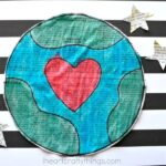 This gorgeous newspaper Earth Day craft is a simple and beautiful craft for kids for Earth Day, fun Earth craft for kids and recyclable crafts for kids.