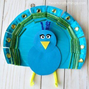 Yarn Weaved Paper Plate Peacock Craft