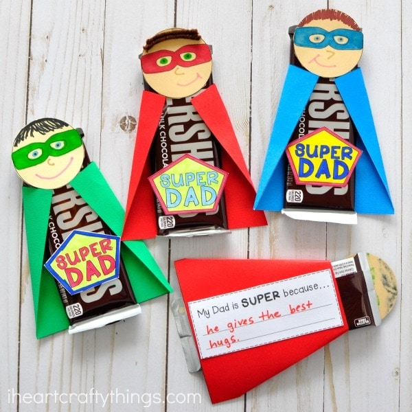Dad will feel special with this this unique and fun Super Dad Father's Day Gift. Fun kid-made Father's Day gift and Father's Day craft for kids.