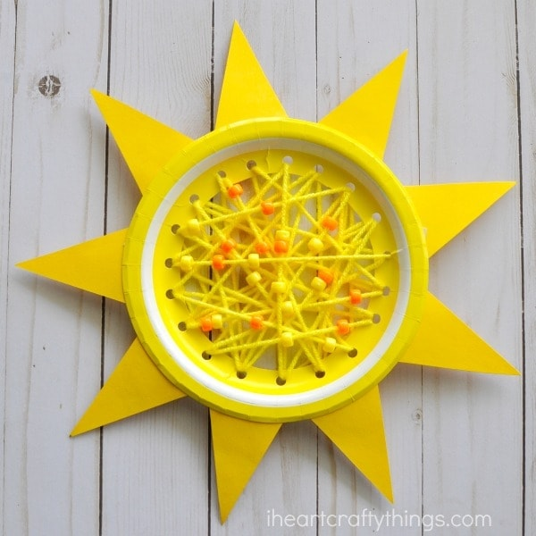 How to Make a Paper Plate Sun Summer Sewing Craft & Paper Plate Sun Summer Sewing Craft | I Heart Crafty Things