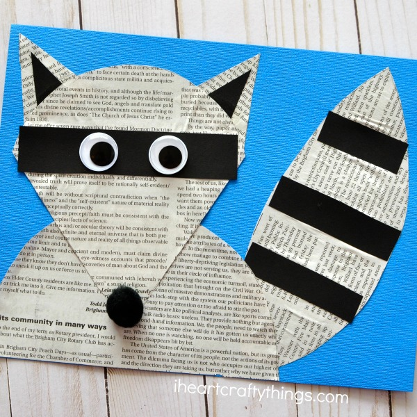 The Kissing Hand craft goes along with the popular children's book and is perfect for a back to school craft. Fun Chester the Raccoon Craft.