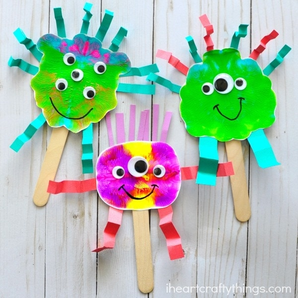 Silly paint smash monster puppets i heart crafty things for Things to make arts and crafts
