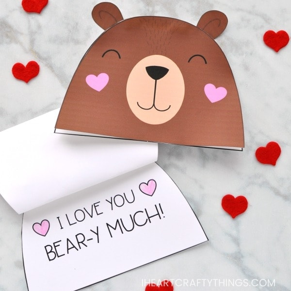 This adorable Bear Valentine Card for kids is a simple and easy card that children will love cutting out and assembling for an extra special Valentine this year. It also works well for a sweet Mother's Day card for Mom or Grandma.