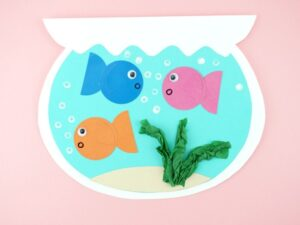 Cool off indoors this summer by making this cute fish bowl craft for kids. Grab the free template, supply list and instructions.