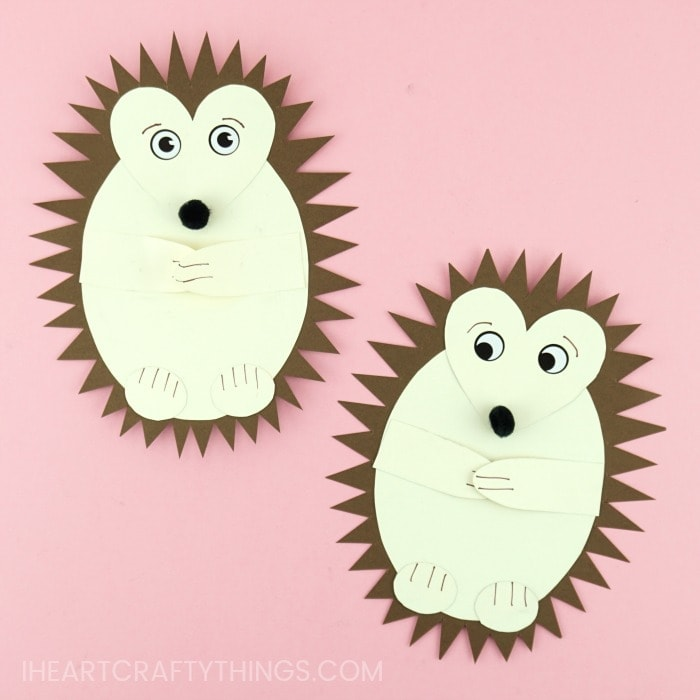 Grab the free template to make this adorable paper hedgehog craft. Great for a fall kids craft and scissor cutting skills activity.