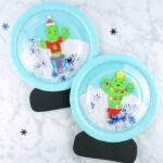 This paper plate snow globe craft is so much fun for kids to play with. The wintery theme makes it a great Christmas craft or winter kids craft.