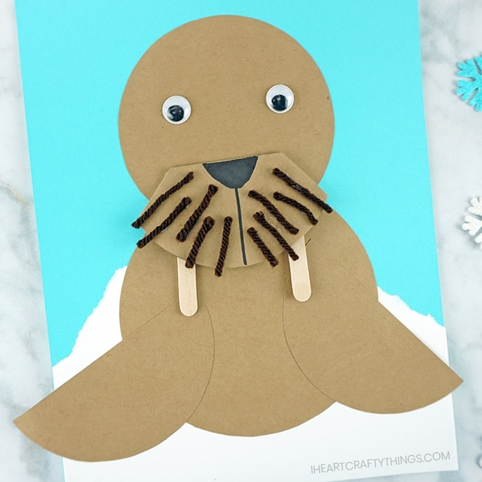 Grab our free handy template and get ready for some winter fun by making this awesome paper walrus craft. A fabulous winter craft and arctic animal craft for kids.