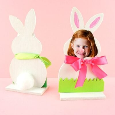 Adorable DIY Bunny Photo Frame -Easy Easter keepsake craft for kids to make for an Easter gift. Personalized bunny photo craft kids can make for Easter.