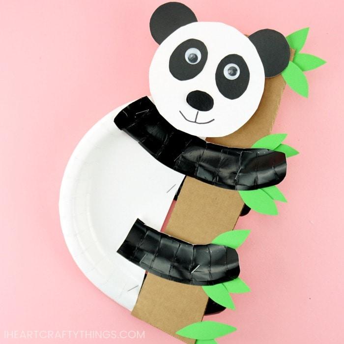 Panda Maske basteln 🐼 How to make a panda mask ✂ как сделать ... | 700x700