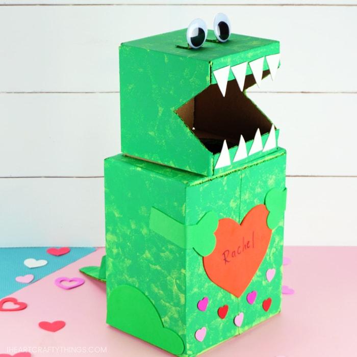 Side angle view of dinosaur Valentine's box.