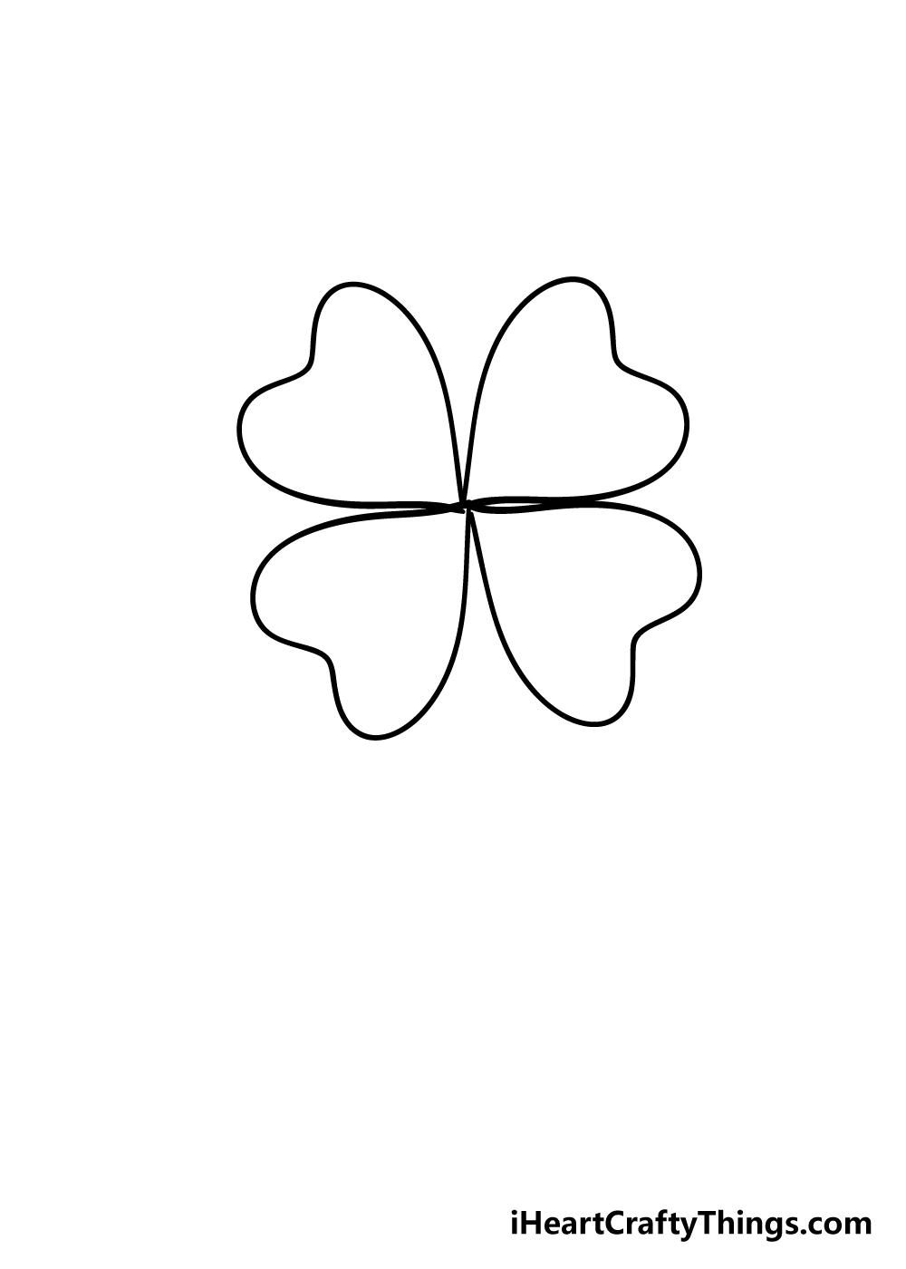 drawing four-leaf clover step 4