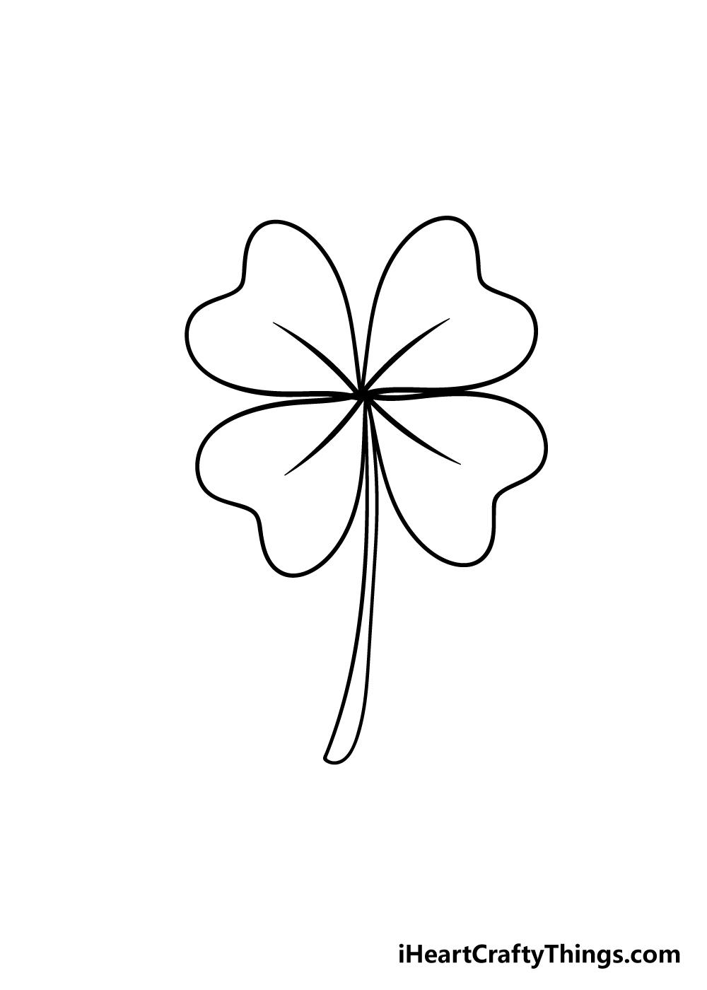 drawing four-leaf clover step 6