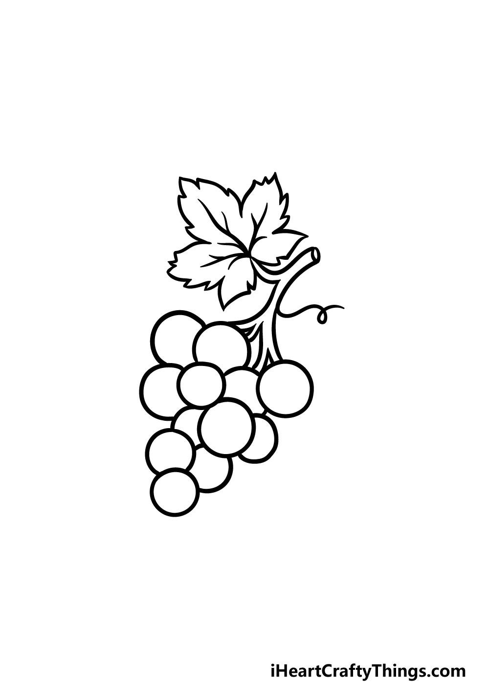drawing grapes step 8